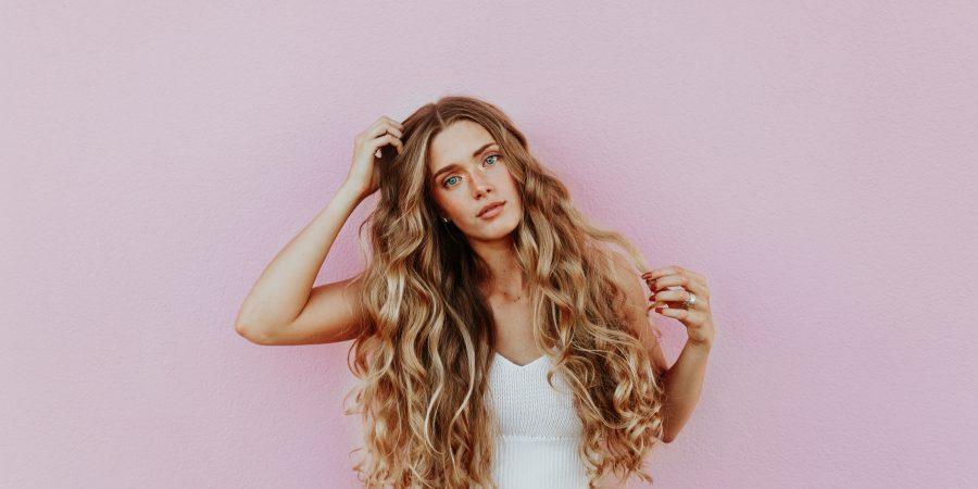 Verschillende manieren om je human hair extension te dragen